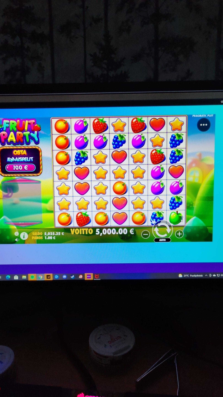 Fruit Party Casino win picture by Lapajäbis 8.8.2021 5000e 5000X
